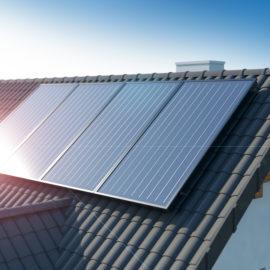Is een omgevingsvergunning noodzakelijk voor het plaatsen van zonnepanelen op het dak ?